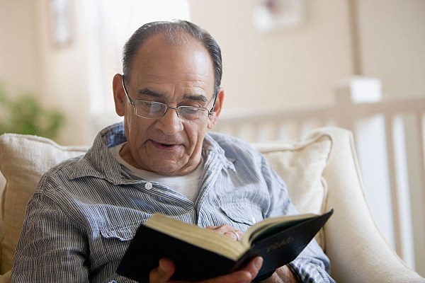 Reading as a source of health for the elderly